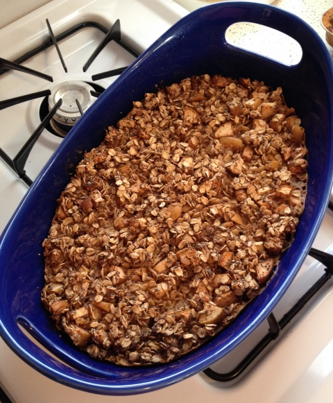 Apple Cinnamon Baked Oatmeal {gluten, egg, dairy, sugar and nut free}
