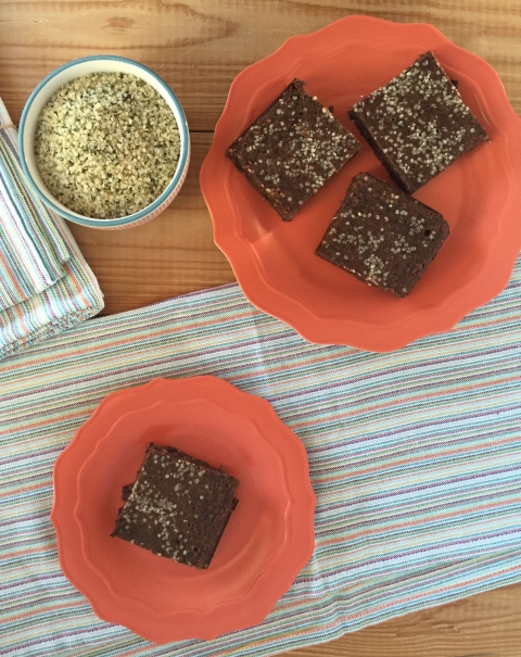 Black Bean Super Seed Brownies