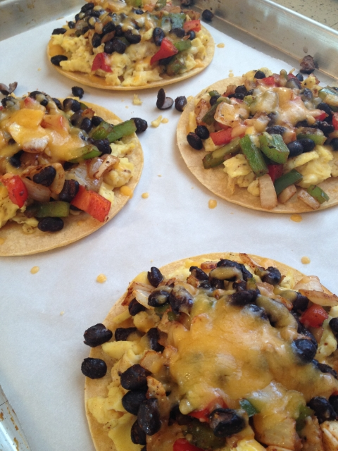 Easy & Healthy Breakfast Tostadas